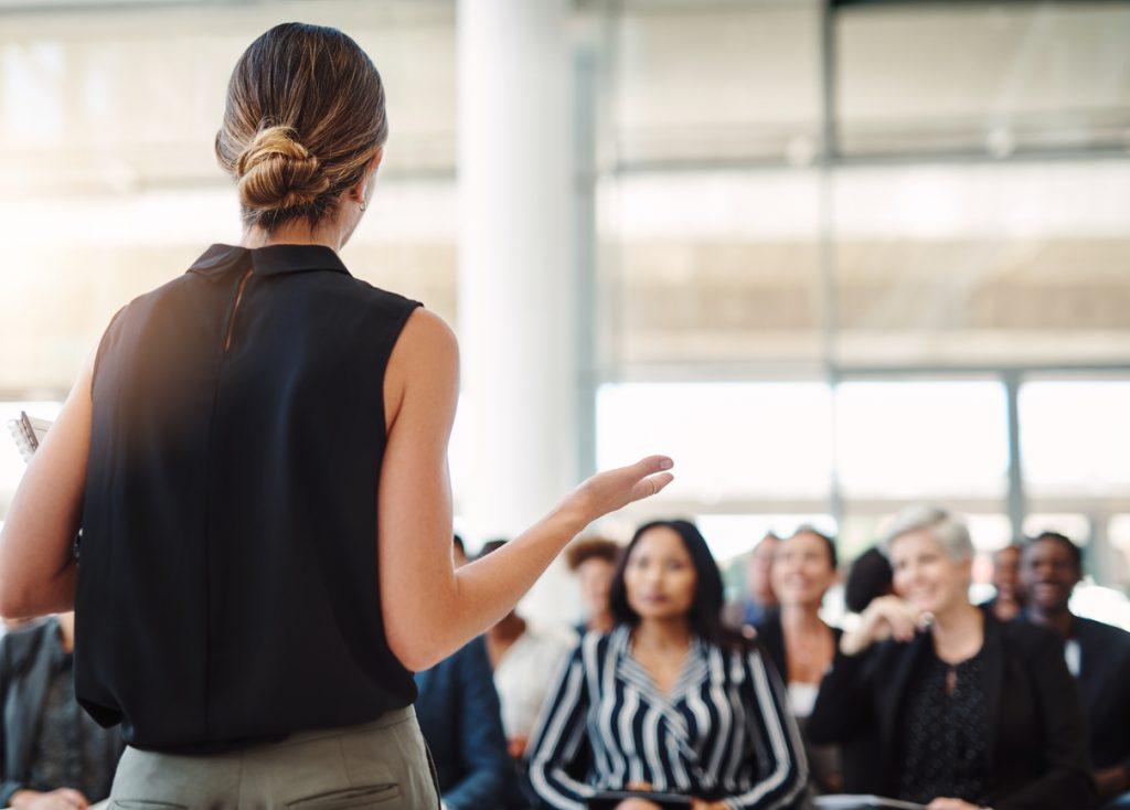 ¿Cómo aprovechar los congresos para que una PYME haga networking?